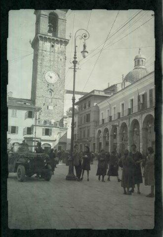 dad in PONTREMOLI SQ 1945